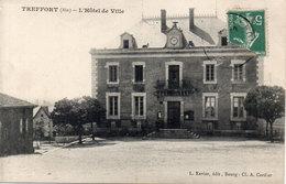 TREFFORT - L' Hotel De Ville     (112821) - Autres Communes