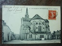 LE LOUROUX- BECONNAIS  L'église   TBE - Le Louroux Beconnais