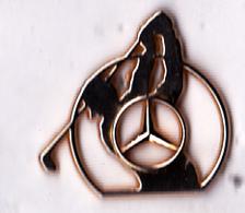 Pin's Automobile Mercedes-Benz Sponsor Golf Et Sigle, Signé Arthus Bertrand - Rare - Mercedes