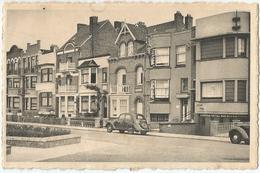 9Dp-979:  La Panne Avenue Du Marché / De Panne Marktlaan + Auto's - De Panne
