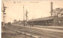 CPA - BELGIQUE - LANDEN - Intérieur De La Gare - 1922 - GARE -  TRAIN - Timbre  COB 183 - Estaciones Con Trenes