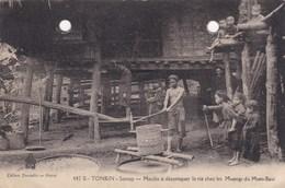TONKIN,(( Défauts Visible TROUS ) à Boucher,moulin à Décortiquer Le Riz - Vietnam