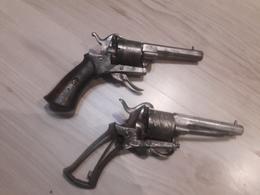 Lot De 2 Revolver à Broche - Armes Neutralisées