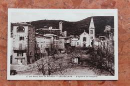 CASTELLANE (04) - L'EGLISE ET LES REMPARTS - Castellane