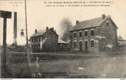 D62  BETHUNE  Aspect De La Fosse N°10 Pendant Le Bombardement  Allemand............. ( Ref J959) - Bethune