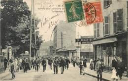 Dep - 93 - SAINT DENIS SURESNE Sortie Des Ouvriers  Des établissements Delaunay - Saint Denis