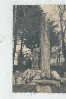 Plozévet (28): Le MONUMENTS AUX MORTS SCULPTES En 1950 PF Photo RARE. - Plozevet