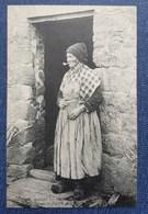 CPA 29 - CMCB 374 - Femme Fumant La Pipe - Coutumes, Moeurs Et Costumes Bretons - France
