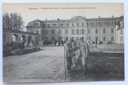 Château Des Perrais, Cour D'honneur Et Les Blessés Militaires, Cérans, France - France