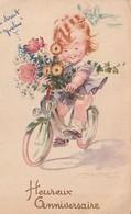 Rare Cpa Petite Fille Sur Vélo Avec Bouquet De Fleurs  Heureux Anniversaire - Anniversaire