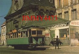 """CPM - Crémaillère De LAON 02 Aisne - Terminus """" Haut """" De L'Hotel De Ville - Publication F.A.C.S  Paris - Gares - Avec Trains"""
