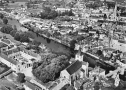 86 - Montmorillon - Beau Plan Aérien - L'Hôpital - L'Eglise Notre-Dame - Le Vieux Pont Sur La Gartempe - Montmorillon