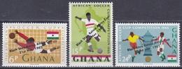 Ghana 1965 Sport Spiele Fußball Football Soccer Afrika Africa Cup Black Stars Fahnen Flaggen Flags, Mi. 250-2 ** - Ghana (1957-...)
