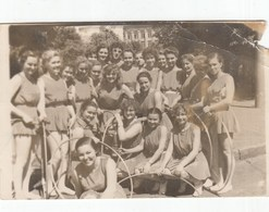 UKRAINE. #1563 A PHOTO. KIEV. STUDENTS. GIRLS. SPORT. PYRAMID.  *** - Proyectores De Cine