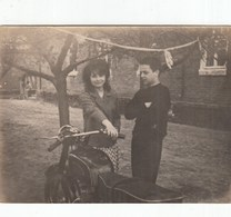RUSSIA. #1572  A PHOTO. ROMANTIC PAIR. MOTORCYCLE. *** - Proyectores De Cine