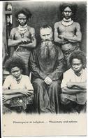 Missionnaires Et Indigènes Mission Du Sacré Coeur D'Issoudun En PAPOUASIE-NOUVELLE-GUINEE - Papoea-Nieuw-Guinea