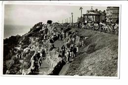CPA - Carte Postale Royaume Uni - Folkestone- Zig Zag Path-Bandstand-1947 VM2224 - Folkestone
