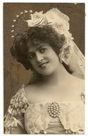 193 -   Jeune Dame - Femmes