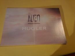 Carte  Postale Alien 2 Patch - Cartes Parfumées