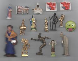 FEVE SANTON  LOT FEVES PERSONNAGE PETANQUE DIVERS - Autres Collections
