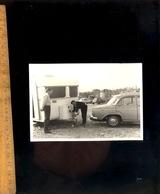 Photographie Originale : Arrivée Au Camping Décrochage De La Caravane Voiture Automobiles Simca Citroen DS 2CV - Automobili