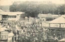 50 , VILLEDIEU LES POËLES , Féte Foraine Sur Le Champ De Mars ( Manege Carroussel ) , * 419 56 - Villedieu