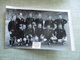 PHOTO EQUIPE DE FOOT FRANCE BELGIQUE 1954 - Sporten