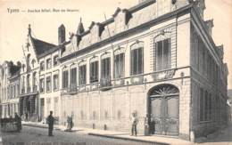 YPRES - Ancien Hôtel.  Rue Au Beurre - Ieper