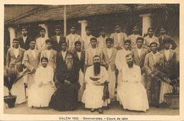 Missions - Inde, Indes: Salem 1932, Séminaristes - Cours De Latin - Edition A. Dubosq - Missions
