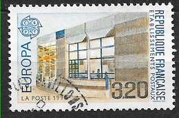 FRANCE 2643 EUROPA Bâtiments Postaux D'hier Et D'aujourd'hui Bâtiment Postal Moderne: Cerizay  . - Gebruikt