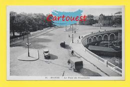 CPA  42 ROANNE ֎ Les Ponts Des Promenades Animée ֎ Vieille Automobile - Roanne