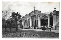 Luçon (Vendée)  Jardin Dumaine, La Serre - Lucon