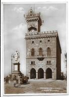 Repubblica Di San Marino. Il Palazzo Governativo. Bella Affrancatura. - Saint-Marin