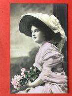 1910 - DAME GROTE HOED - FEMME AVEC GRAND CHAPEAU - Mode