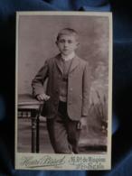 Photo CDV Henri Pissot à Sens - Petit Garçon élégant, En Costume, Circa 1895 L432C - Oud (voor 1900)