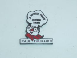 Pin's RESTAURANT PAUL THUILLIER, LA NOUVELLE FRANCE, CHÂTEAU THIERRY - Alimentation