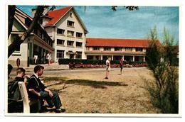 Klemskerke - De Haan  *  Torenhof - Façade Du Centre Avec Terrasse Et Plaine De Jeux - De Haan