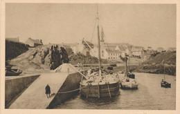 CPA - France - (29) Finistère - Ouessant - Vue Sur Le Port - Ouessant
