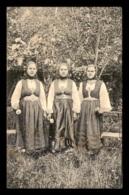 SERBIE - CARIBROD - FEMMES EN COSTUMES - Serbie