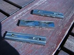 10 Lame Chargeur Mauser 98 , Calibre 7,92 ; Apres Guerre , Etat Neuf , En Inox - Armes Neutralisées