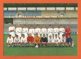 FC Football Club La Chaux-de-Fonds 1970 - Stade,Stadium,Stadio, Fußball,Calcio,Fútbol,carte De Visite Pliable En Deux - Football