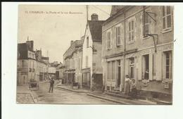 89 - Yonne - Chablis - La Poste Et La Rue Auxerroise - Animée- - Chablis