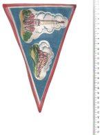 REF ENV : Fanion Flag Pennant Stendardo Touristique Ancien : Chambery - Obj. 'Remember Of'