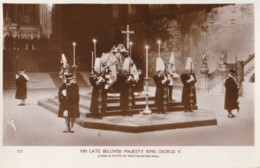 AP43 Royalty - King George V Lying In State At Westminster Hall - RPPC - Royal Families