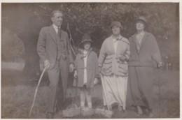 AP43 RPPC - A Family Group - Photographs