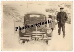 Photo Auto Voiture Automobile Car - RENAULT 4CV Avec Un Homme Et Un Enfant - Coches