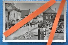 Photo époque FRANCE 1940 Exode Convoi Réfugié Secteur TONNERRE Département YONNE 89 Nationale 5 WWII GUERRE 39 45 - War, Military