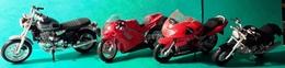 MOTO - Miniature - 1-18 - Lot 5 - Motorräder