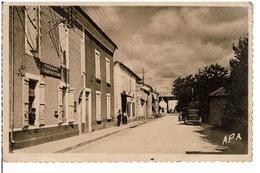 FONGRAVE  -  Rue De La Poste  - ( Télégraphe,Poste,Téléphone,Postier )  - Carte Pas Courante - Autres Communes