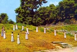 Olympia - Ceremonie De La Prise Du Feu Olympique - 608 - Formato Grande Non Viaggiata – E 9 - Grecia